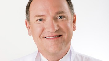 Dr n. med. Tomasz Borkowski