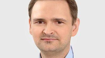 Dr Marek Cacko