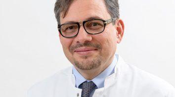dr hab. n. med.Artur A. Antoniewicz