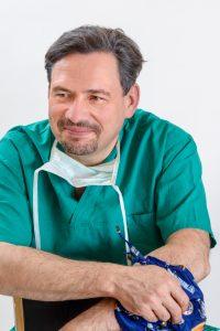 dr hab. n. med. Artur A. Antoniewicz